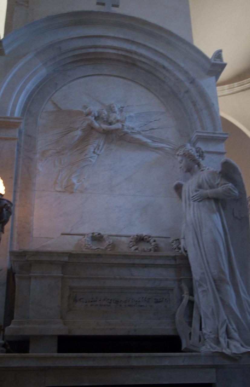 Bellini's tomb